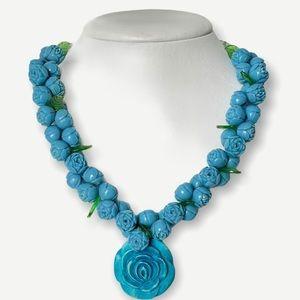 Vintage Lucite / Bakelite carved bead necklace